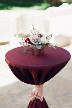 Lush Burgundy Hued Wedding Inspiration at The Landmark|Photographer: Ivonne Carlton Photography