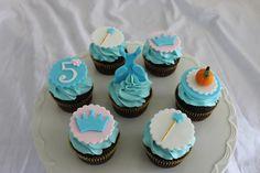 cinderella-themed-cupcakes