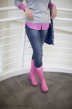 Pink, grey and hunter boots Casual Fall Outfits, Fall Winter Outfits, Autumn Winter Fashion, Cute Outfits, Boot Outfits, Pink Hunter Rain Boots, Hunter Wellies, Rainy Day Fashion, Fashion Weeks