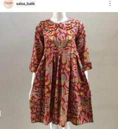 Batik Fashion, Hijab Fashion, Fashion Dresses, Blouse Batik, Batik Dress, African Fashion, Kids Fashion, Womens Fashion, Fancy Dress