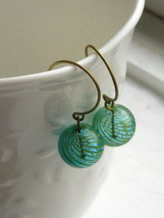 everlasting swirl glass earrings