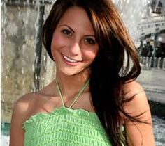 gia allemande,29 year old model and actress. 2nd runner up on the Bachelor. Apparent suicide @ age 29.