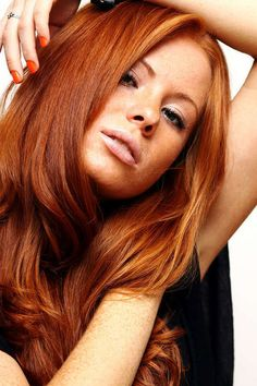 Yes! The right shade of red hair! Gi me, gi me gi me!