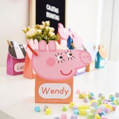 Baby Shower Gift Basket, Baby Shower Fun, Baby Shower Parties, Papa Pig, Peppa Pig Family, Outside Baby Showers, Birthday Candy, Ideas Para Fiestas, Party