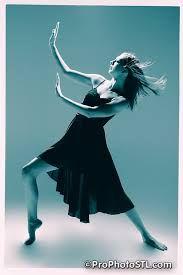 Resultado de imagem para dancing poses