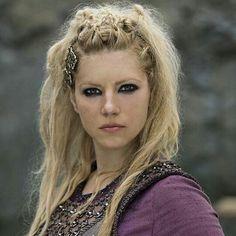 Queen Kwenthrith (@QueenKwenthrith)   Twitter