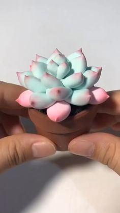 Newest Free Clay Crafts videos Popular Creative clay DIY – handmade DIY cute flowers Cute Polymer Clay, Cute Clay, Polymer Clay Crafts, Diy Clay, Diy With Clay, Crafts With Clay, Homemade Polymer Clay, Sculpey Clay, Polymer Clay Figures