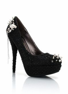 skull spiked embellished  - omg want these NOW
