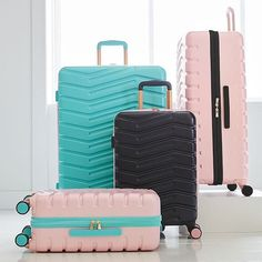 Our Custom Hard-Sided Luggage is sure to make baggage claim a breeze. Teen Luggage, Cute Luggage, Carry On Luggage, Luggage Sets, Travel Luggage, Travel Bags, Hard Sided Luggage, Cute Suitcases, Suitcase Set