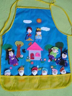 Avental Branca de Neve Felt Diy, Felt Crafts, Story Sack, Quiet Time Activities, Busy Book, Learning Toys, Disney Crafts, Fabric Dolls, Hobbies And Crafts