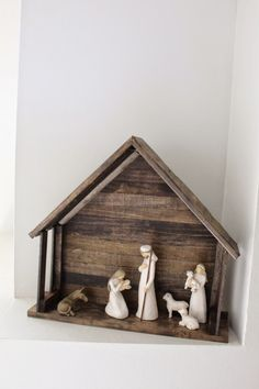 DIY Nativity Stable for Willow Tree Nativiy - DomesticAbility