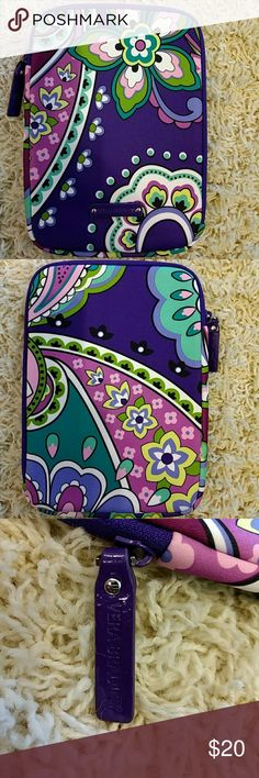 Vera Bradley Medium Neoprene Ipad Mini Case Up for consideration is a Vera Bradley Medium Neoprene Ipad Mini Case in excellent condition. Zipper handle shows a little bit of wear, but not enough to take away from the beauty of the case. Please look at photos for flaws. White on handle in picture is camera flash reflection, not wear or fading. Keywords: Ereader, tablet Vera Bradley  Accessories Tablet Cases