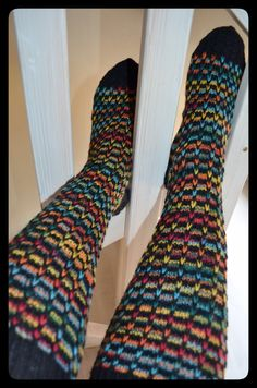 Neuleblogi Socks, Knitting, Fashion, Moda, Tricot, La Mode, Breien, Sock, Fasion