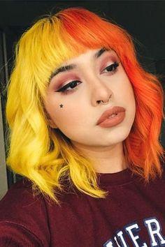 Half Dyed Hair, Half And Half Hair, Dye My Hair, Two Color Hair, Hair Dye Colors, Cool Hair Color, Split Hair, Split Dyed Hair, Coloured Hair