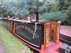 Very nice. Canal Barge, Canal Boat, Chris Craft, Floating House, Narrowboat, Houseboats, Boathouse, Colour Inspiration, My Dream Home
