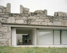 House in Melgaço by Brandao Costa Arquitectos An extension to a small rural stone building, with additions of a lounge and three bedrooms, constructed of local materials. Stone Facade, Stone Masonry, Architecture Renovation, Architecture Design, Architecture Antique, Facade Design, House Design, Interior Staircase, Stone Houses