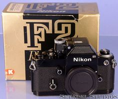 Nikon F2 Photomic Black Film SLR Camera Body w/ Photomic DP-1 Viewfinder +Box