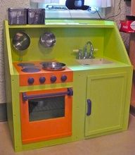 play kitchens made from old furniture ideas Play Kitchens, Diy Play Kitchen, Toy Kitchen, Kitchen Sets, Kitchen Playsets, Nice Kitchen, Kitchen Stove, Diy Toy Box, Toy Boxes
