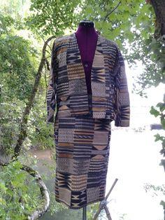 Je viens de mettre en vente cet article  : Tailleur jupe Agnès B 120,00 € http://www.videdressing.com/tailleurs-jupe/agnes-b/p-6502624.html?utm_source=pinterest&utm_medium=pinterest_share&utm_campaign=FR_Femme_V%C3%AAtements_Tailleurs_6502624_pinterest_share