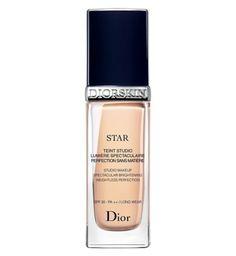 DIOR DIORSKIN STAR Studio Makeup Spectacular Brightening Weightless Perfection Foundation SPF 30 30ml - Boots