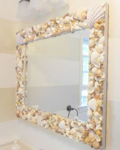 Diy mirror frames sea shellsDiy mirror frames sea shells