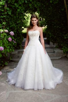 Has potenial! Casablanca Bridal - 2033
