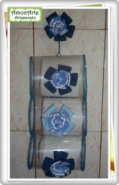Haz un original porta papel higiénico reciclando botellas de plástico ~ Belleza y Peinados Plastic Bottle House, Plastic Bottle Flowers, Plastic Bottle Crafts, Recycle Plastic Bottles, Diy Projects For Kids, Diy For Kids, Creative Crafts, Diy And Crafts, Crochet Organizer