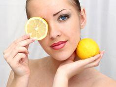 Réalisez un délicieux gommage au citron pour tout type de peau noté 4.5 - 2 votes Le gommage est sans doute parmi les meilleurs gestes pour obtenir un teint lisse, clair et frais. Cela permet de libérer la peau des peaux mortes qui la rendent moins éclatante et moins belle. Vous pouvez créer votre propre...