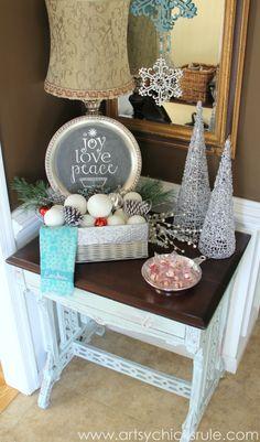 Festive Holiday Foyer - Teal and Red- entry - #holidayhome #holiday #foyer #decor #Christmas #holidaydecor artsychicksrule.com