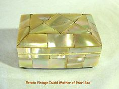 ESTATE 1950s Mother of Pearl Inlay Small Trinket Jewelry Box VINTAGE JEWELRY BOX