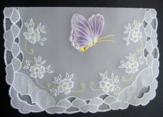 Pergamano - top fold with edges completed - colored butterfly at the top