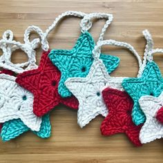 Mint, Cream and Red Christmas Crochet Star Garland  £13.50