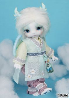 LUTS - Ball Jointed Dolls (BJD) company :: Delf, Bluefairy, Blythe, Doll items like wig, clothes, shoes and Doll faceup materials