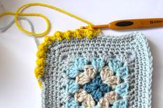 Crochet: Bobble Edging - Tutorial ❥ 4U hilariafina  http://www.pinterest.com/hilariafina/
