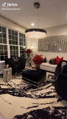 Decor Home Living Room, Glam Living Room, Elegant Living Room, Chandelier For Living Room, Burgundy Living Room, First Apartment Decorating, Girl Apartment Decor, Luxury Living, Luxury Dining Room