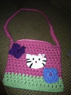 Child's hello kitty purse