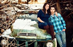 love the truck pose hold plank of wood with we'd date #countrythang #countrycouple #engagementphoto #country