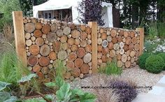 Add privacy to your yard by building a beautiful cordwood fence! Add privacy to your yard by buildin Garden Privacy, Garden Fencing, Privacy Screens, Palet Exterior, Log Fence, Wood Fences, Log Wall, Garden Screening, Walled Garden