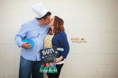 Bun in the Oven! Fun way to announce a pregnancy :) Simply You. Photography by Nicole Madsen