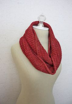 The Belgique Infinity Scarf / Cowl: a super long cowl / infinity scarf worked in an elegant twisted rib with waffle-like texture – fun to knit