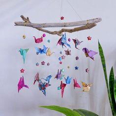 19 ideas for origami bird mobile branches Mobil Origami, Origami Bow, Origami Folding, Origami Owl Jewelry, Origami Stars, Origami Flowers, Origami Paper, Mobile Craft, Bird Mobile