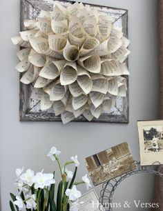 Barn Wood Frame & Paper Wreath - Hymns and Verses Book Crafts, Arts And Crafts, Paper Crafts, Crafts To Make, Diy Crafts, Craft Projects, Projects To Try, 3d Quilling, Barn Wood Frames