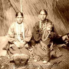 Blackfoot Women, 1922  More American memories captured on film. Capture your personal memories then upload them to www.MyFamilyVault.com to store them safe and privately forever.