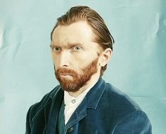 This is what Vincent van Gogh's self-portrait would have looked like if it were a picture. Pretty ordinary, don't you think?