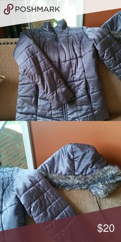 Silver/gray puffy winter coat.  Very warm Style & Co dark gray/silver puffy coat.  Detachable hood Style & Co Jackets & Coats