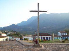 Serra do Caraça ao fundo - Catas Altas (Foto: Sylvio Bazote) # Paisagens de Minas Gerais