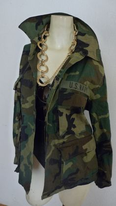 GRUNGE Vintage Camouflage army green fatigue Jacket // Camouflage Jacket, Camo Jacket, Print Jacket, Military Jacket, Army Fatigue Jacket, Army Patches, Strong Shoulders, Military Fashion, High Fashion