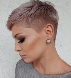 Short Hair Back, Edgy Short Hair, Pixie Haircut For Thick Hair, Really Short Hair, Short Hair Cuts, Sassy Hair, Haircut And Color, Gorgeous Hair, Hair Trends