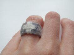 https://flic.kr/p/6gsWwZ   Cross'n...   Needle felted ring.