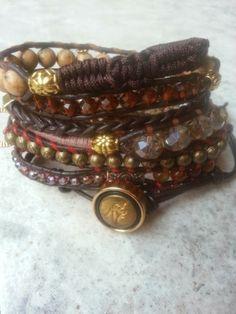 """Terra"" €49,95  Met kristal, agaat en jaspis kralen.  Past 5 á 6 keer om de pols.   Wrap it 5 or 6 times around. Finished this on the 30th of Januari.   Ben je geïnteresseerd stuur een berichtje. #Boho #Bohemian #Caarroos #Bracelets #Jewelry #Gipsy #Armband."